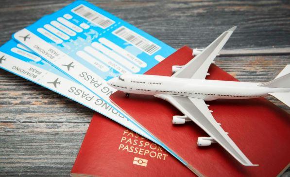 Voyager avec un billet d'avion aller simple : attention à la frontière !